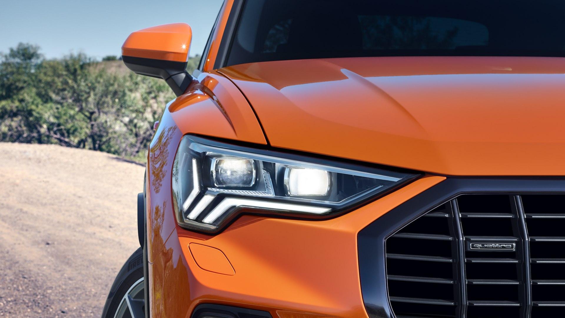 Audi Q3 koplamp